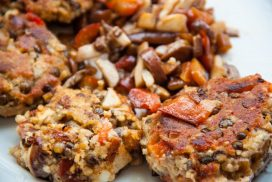 Lentil burgers mushrooms bell pepper