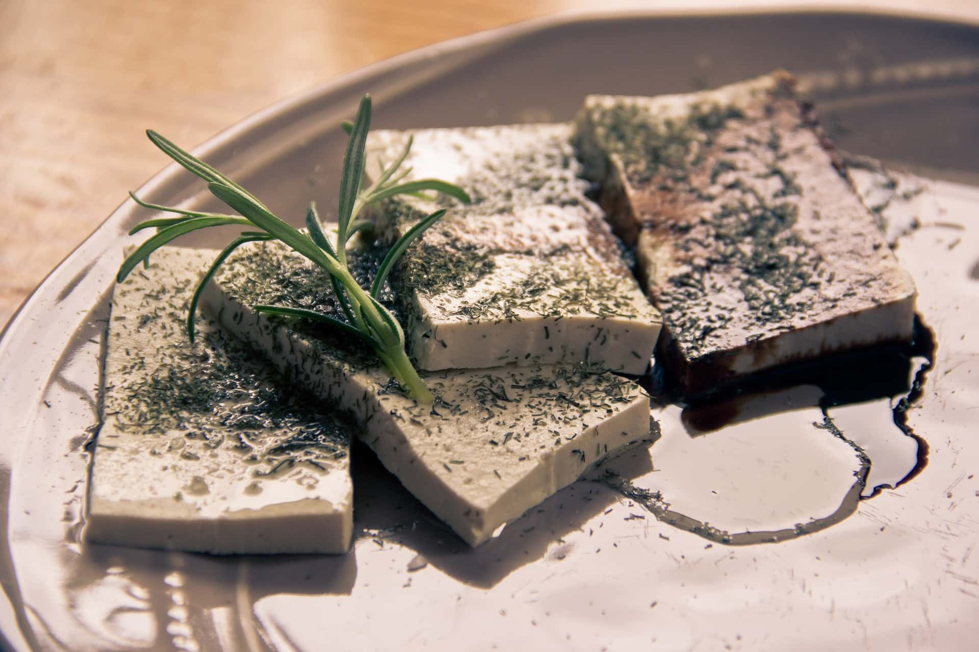 Tofu with herbs and rosemary